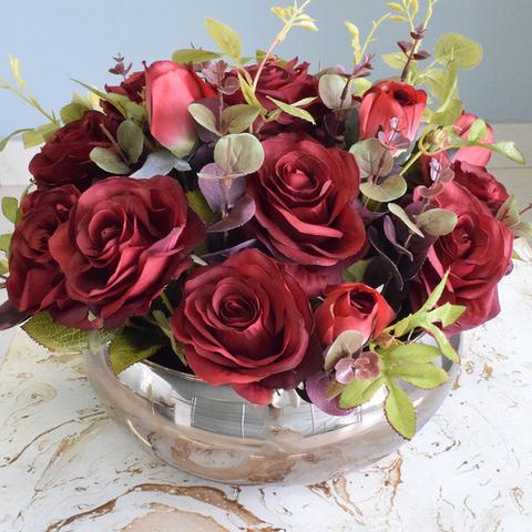 Imagem de Arranjo de Flores Artificiais Rosas Vermelhas no Vaso Bronze