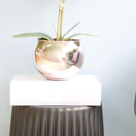 Imagem de Arranjo de Orquídea Artificial Branca 3D no Vaso de Vidro Rose Gold Médio