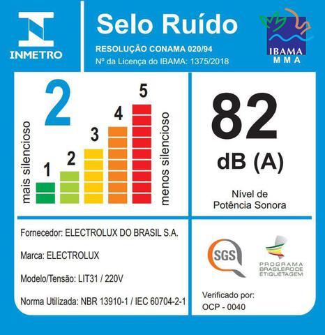 Imagem de Aspirador de Pó sem Saco 1400W Lite Electrolux Enrolador Automático de Cabo e Filtro HEPA (LIT31)