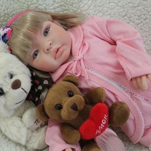 Imagem de Bebe Reborn Boneca Realista Silicone Menina com Enxoval - Loira Rosa
