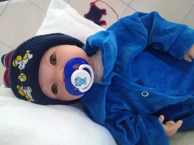 Imagem de Bebê Tipo Reborn Menino Príncipe com Acessórios