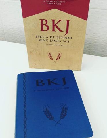 Imagem de Bíblia de estudo king james1611  holman   capa  luxo sintética azul  letra normal  bv books