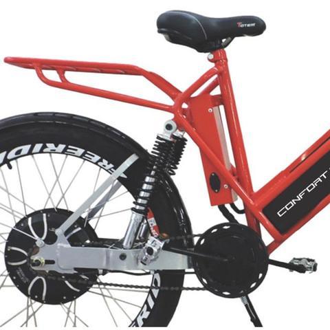 Imagem de Bicicleta Elétrica CONFORT FULL 800W 48V 15Ah Cor Cereja