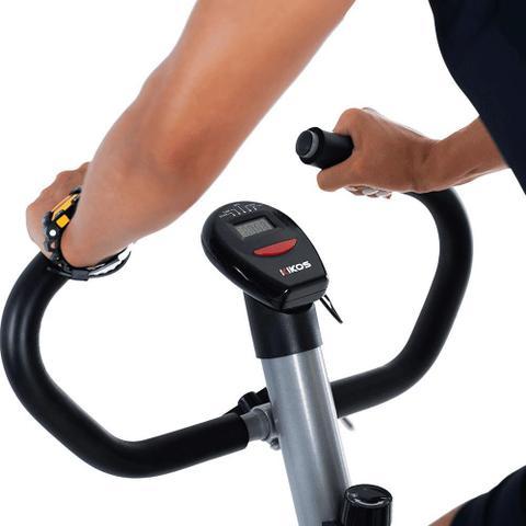 Imagem de Bicicleta Ergométrica Mecânica Kikos Black-Supreme Hc 3015 Com Monitor - Prata/Preta