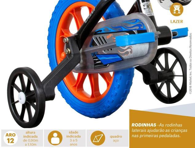 Imagem de Bicicleta Infantil Caloi Hot Wheels Aro 12 Preta