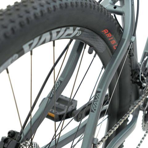 Imagem de Bike Aro 29 - Tam. 17 - 20v - RAVA PRESSURE Cinza e Preto Camb. X-TIME Quadro Alumínio