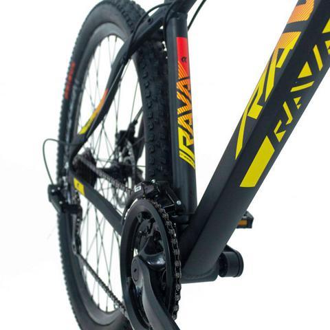 Imagem de Bike Aro 29 - Tam. 17 - 21v - RAVA PRESSURE Preto, Vermelho e Amarelo Câmbio Shimano Quadro Alumínio
