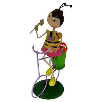 Imagem de Boneca Abelha com Bicicleta de Ferro Para Enfeite e Decoraçao de Jardim (BON-M-15)