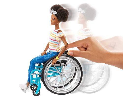 Imagem de Boneca Barbie Fashionista 133 Negra Cadeirante Articulada