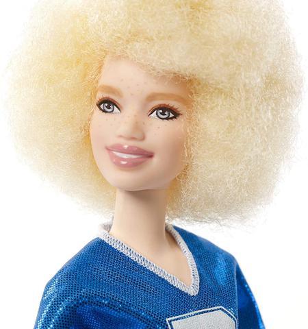 Imagem de Boneca Barbie Fashionista 91 Albina Varsity Plaiditude 2019