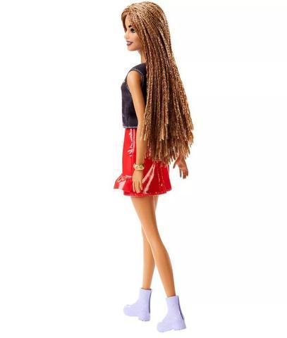 Imagem de Boneca Barbie Fashionistas - 123 T-Shirt Power Girl