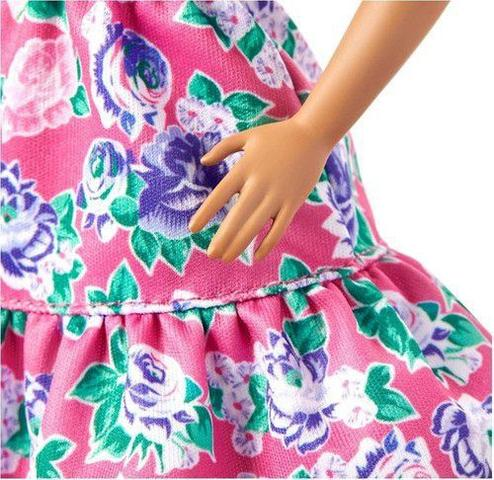 Imagem de Boneca Barbie Fashionistas - 150 Sem Cabelos Vestido Floral Rosa