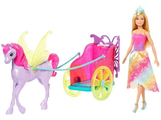 Imagem de Boneca Barbie Princesa com Carruagem