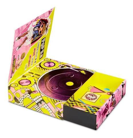 Imagem de Boneca LOL OMG Remix - O.M.G 25 Surpresas C/ Disco  Pop B,B.  Candide