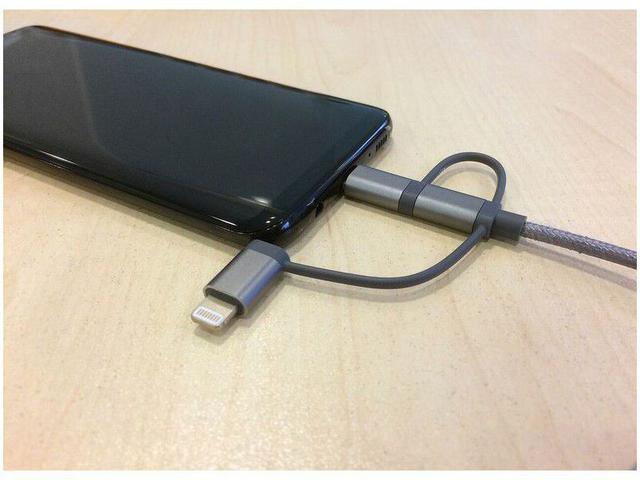 Imagem de Cabo 3 em 1 Lightning Micro USB e USB-C