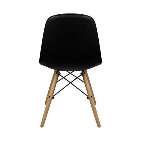 Imagem de Cadeira Eames Eiffel Botonê Preta Fixa Pés Madeira Fortt FT132