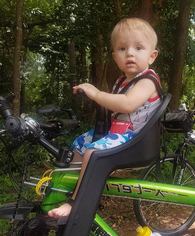 Imagem de Cadeirinha Dianteira Baby Bike Kalf - Preto c/ Protetor de Tomada