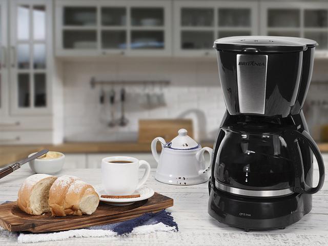 Imagem de Cafeteira Elétrica Britânia CP15 Xícaras