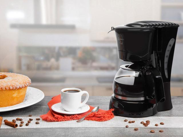 Imagem de Cafeteira Elétrica Lenoxx Fast Preta