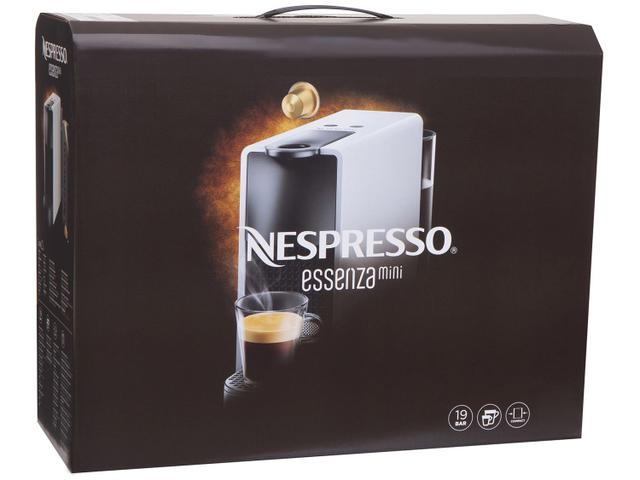 Imagem de Cafeteira Espresso Nespresso Essenza Mini