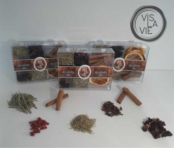 Imagem de Caixa com 7 Especiarias para o preparo do seu Gin