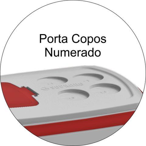 Imagem de Caixa Térmica Tropical 32 Litros Tampa Acesso Rápido e Alça - Vermelha