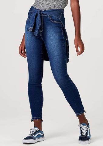 Imagem de Calça feminina hering jeans cigarrete com barra desfiada