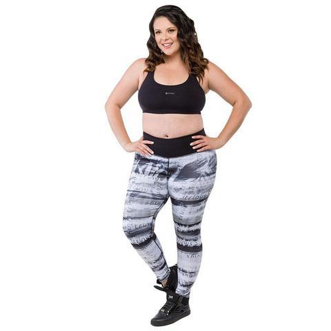 2ba015fe9 Calça legging double side plus size preto e branco trinys - Calça ...