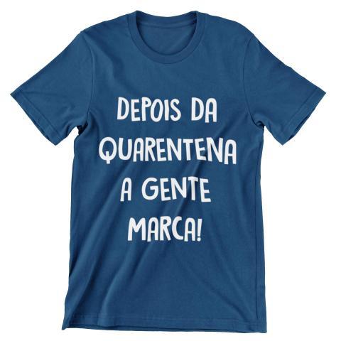 Imagem de Camiseta Colorida Carnaval 2021 Depois da Quarentena A Gente Marca Azul Marinho