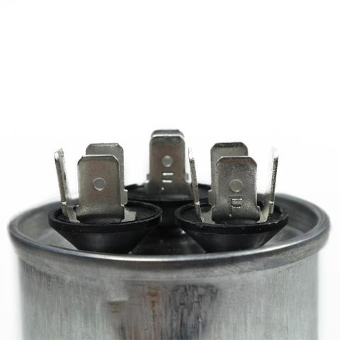 Imagem de Capacitor duplo 30+1.5 mfd 400vac