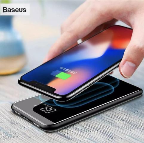 Imagem de Carregador Sem Fio Digital 8000mah Power Bank Qi Fast com Display Digital Baseus - 8000mah Preto