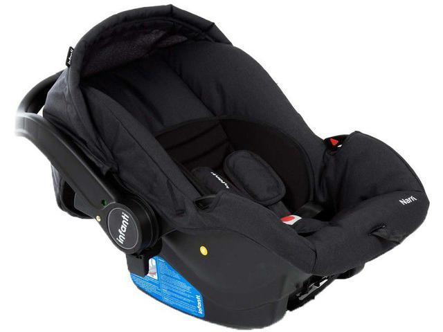 Imagem de Carrinho de Bebê com Bebê Conforto Infanti Travel