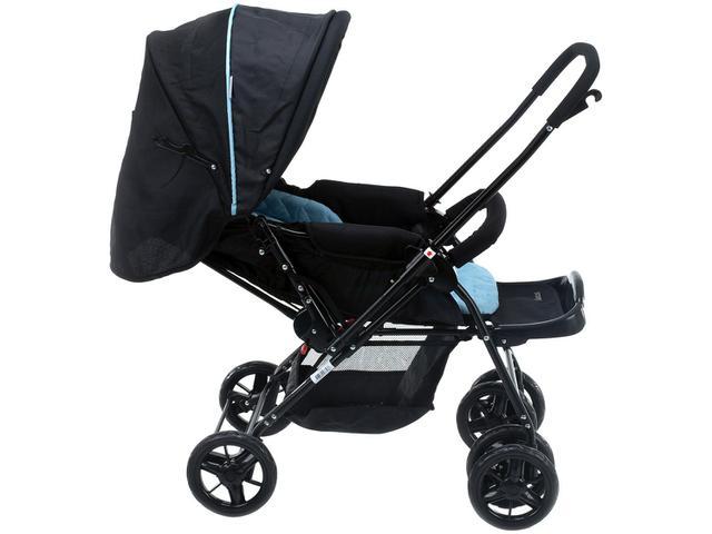 Imagem de Carrinho de Bebê com Bebê Conforto Voyage