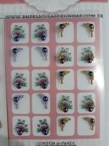 Imagem de Cartela com 10 pares de pedrarias para unhas