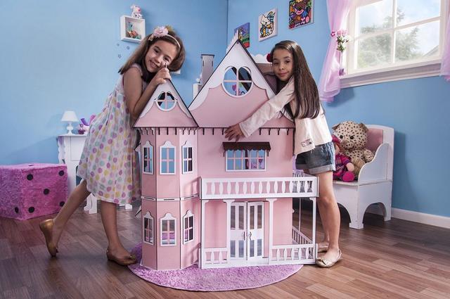 Imagem de Casa de Bonecas Escala Barbie Modelo Emily Princesa - Darama