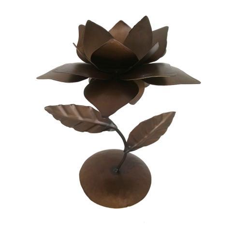 Imagem de Castiçal de Ferro Simples Barato para Decoração de Aparador e Mesa de Festa