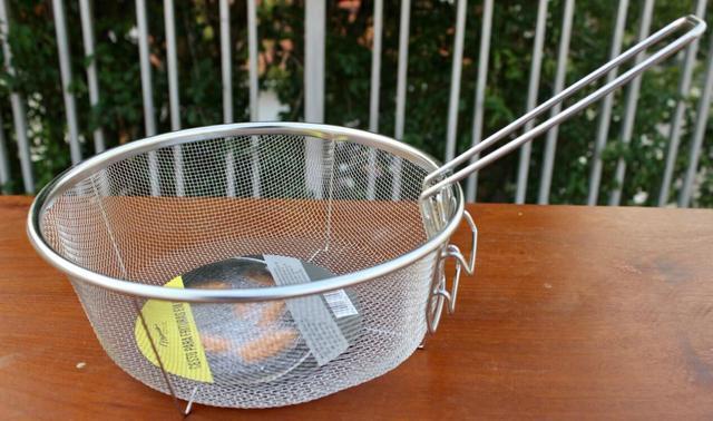 Imagem de Cesto para fritura 23cm Peneira Fritadeira Reforçado Redondo aço inox mimo style