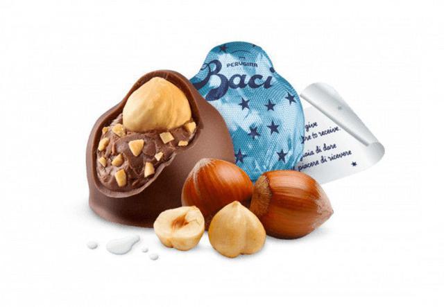 Imagem de Chocolate nestlé perugina baci - pralinés latte milk tube 42,9g