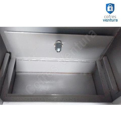 Imagem de Cofre Reforçado para embutir na Parede VTPremium