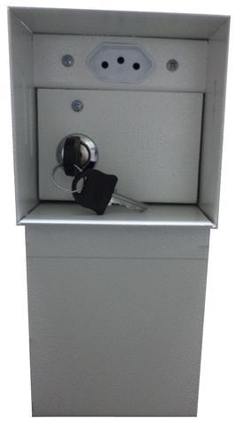 Imagem de Cofre tomada com gaveta interna e fundo falso
