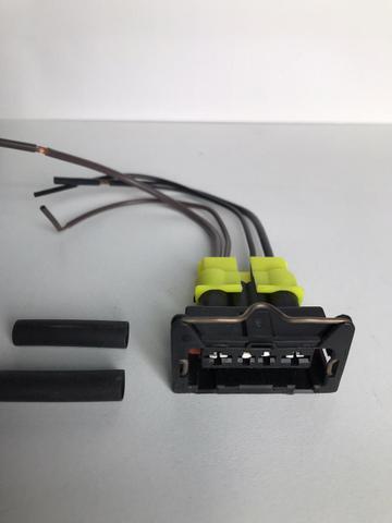 Imagem de Conector Chicote Da Tampa Bomba Corsa Celta Tc1224 Gasolina