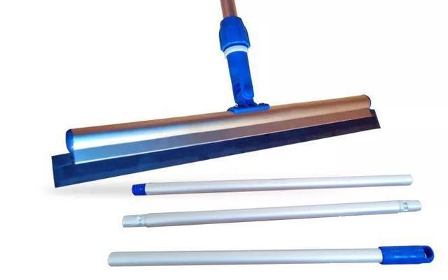 Imagem de CONJ RODO Profissional TWISTER 48 cm Com Cabo 3 ESTÁGIOS 1,40 Metros BRALIMPIA