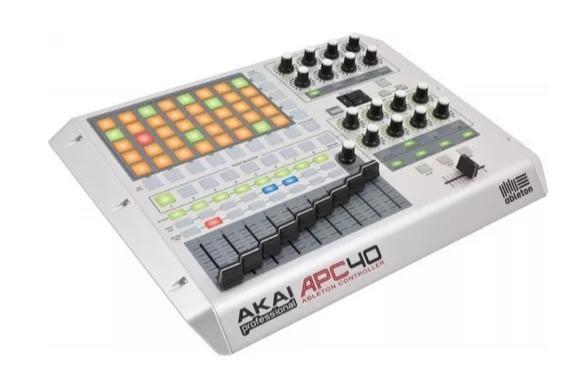 Imagem de Controlador De Pads Akai APC40W Ableton