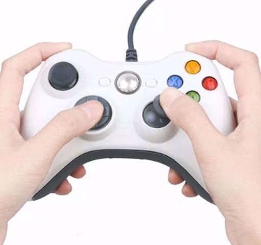 Imagem de Controle Para Xbox Com Fio XTRAD Branco Xd521