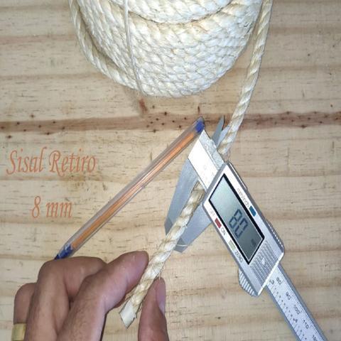 Imagem de Corda de Sisal 8mm 50 Metros Cor Natural para Artesanato e Decorações