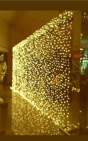 Imagem de Cortina Led Com 500 Leds Fixos 2,8m X 2,5m 220v Festas Quente