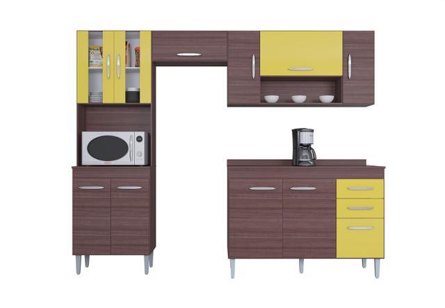 Imagem de Cozinha Compacta Manuela 08 Portas e Balcão para Pia Capuccino / Amarelo - Poquema