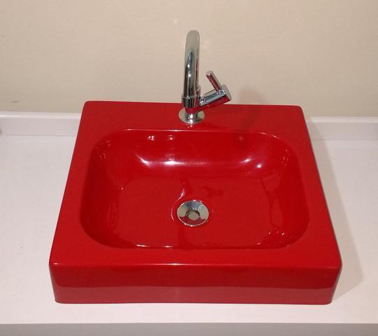 Imagem de Cuba de Apoio para Banheiro e Lavabo Modelo Nice Vermelha