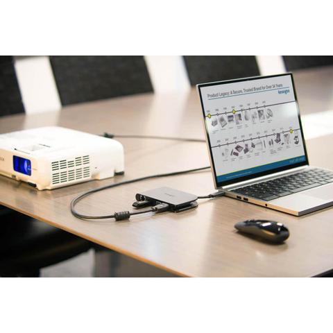 Imagem de Docking Station Universal Portátil SD1500 USB-C
