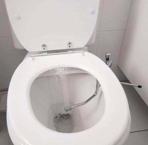 Imagem de Duchinha Bidê Ducha Higiênica Biducha Lado Esquerdo (Mão) P/ Vaso Sanitário Chuveirinho